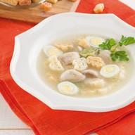 Куриный суп с цветными макарошками Фото