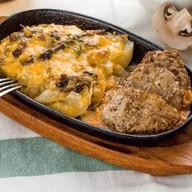 Свинина с картофелем и грибами Фото