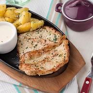 Свинина с картофелем в сметане Фото