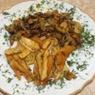 Картофель запеченный под сыром Фото