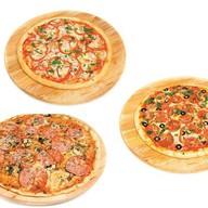 Комбо 3 пиццы Фото