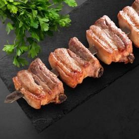 Шашлык из свиных ребрышек с жирком - Фото