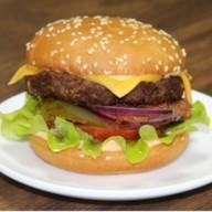 Чизбургер с говядиной Фото