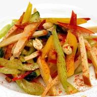Салат с копченым филе цыпленка Фото