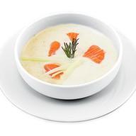 Суп сливочный из лосося Фото