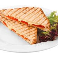 Сендвич с семгой и сливочным сыром Фото