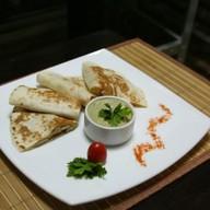 Кесадилья с курицей и сыром Фото
