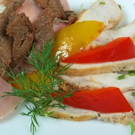 Мясное ассорти салат Фото
