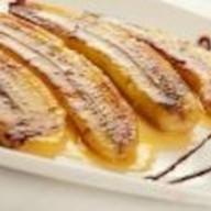 Банан жареный с грецким орехом Фото