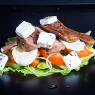 Салат с телячьей вырезкой Фото