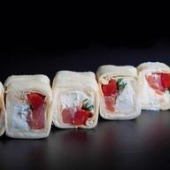 Тортилья слабосоленый лосось Фото