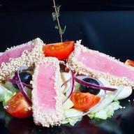 Паназиатский салат с тунцом и картофелем Фото