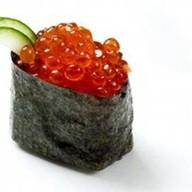 Суши икура Фото