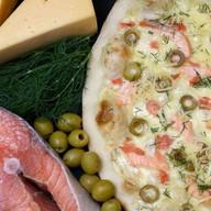 Salmone e gamberetti Фото