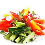 Микс из свежих овощей Фото