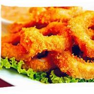 Кольца кальмаров в кляре + соус Фото