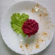 Свекольно-ореховый салат Фото