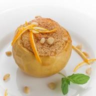 Печеное яблоко с творожной начинкой Фото