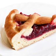 Пирог с брусникой mini Фото