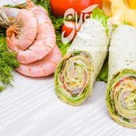 Сендвич-ролл с креветкой Фото