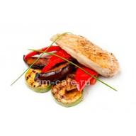 Куриная грудка с овощами на гриле Фото