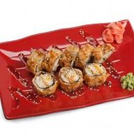 Ролл темпура с лососем Фото