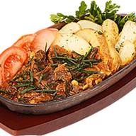 Баранина на гриле с томатами и фетой Фото
