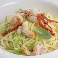 Спагетти с креветками Фото