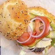 Бургер с котлетой Фото