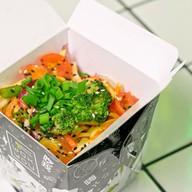 Овощи в соусе том ям Фото