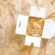Пшеничная лапша с курицей Фото