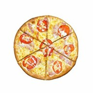 Пицца с ветчиной и помидорами Фото