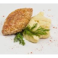 Рыбная котлета с картофельным пюр Фото