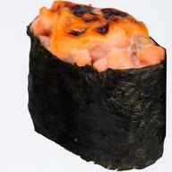 Гункан хот лосось Фото