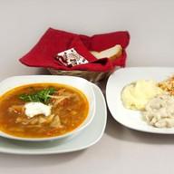 Обед с люля-кебаб из курицы (щи) Фото