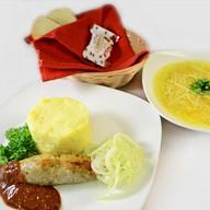 Обед с люля-кебаб из курицы (суп) Фото
