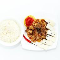 Жареный тофу под мясным соусом Фото