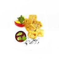 Тофу жареный с томатным соусом Фото