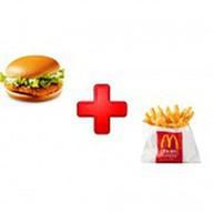 Гамбургер, картофель фри ХМ Фото