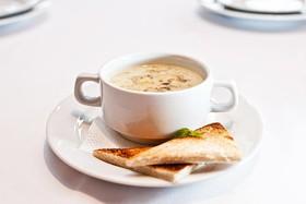 Суп из лесных грибов - Фото