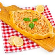 Пирог Лодочка с горбушей и капустой Фото