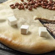 Осетинский пирог с красной фасолью Фото