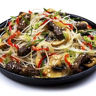 Фунчоза с говядиной и овощами (острая) Фото
