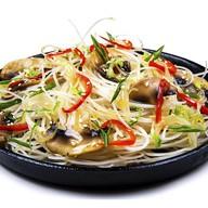 Фунчоза с цыпленком и овощами (острая) Фото