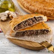 С мясом и грибами (сметанно-дрожжевой) Фото