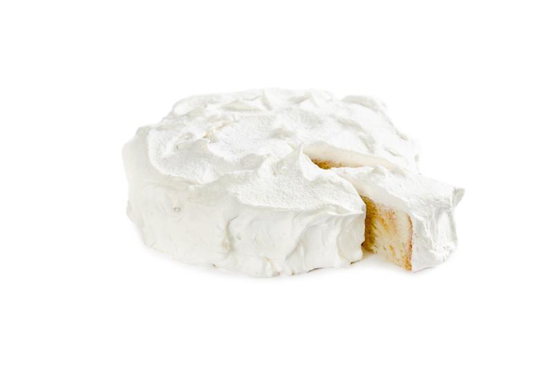 Воздушные бисквиты с добавлением изюма, мака, арахиса и прослойки из сливочного крема на основе вареного сгущенного молока.