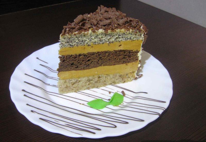 Если вы неравнодушны к сладкому и ещё не пробовали торт генерал, поспешите записать рецепт.